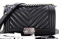 CHANEL Black Calfskin Chevron Boy Flap Bag Ruthenium Hw #22576348