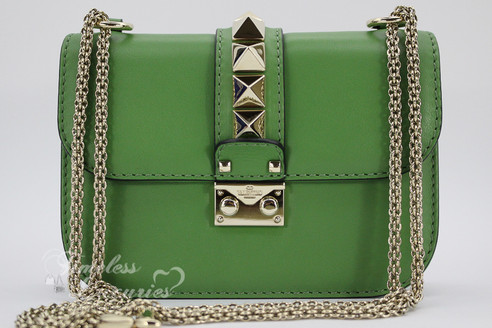 a4ae56d09 ... VALENTINO Green Leather Rockstud Glam Lock Small Shoulder Bag Gold Hw.  Image 1