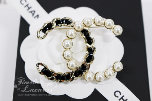 ad3e21cf1c47 CHANEL Iconic Interlaced Leather and Pearls CC Brooch Lt Gold Hw  New - Timeless  Luxuries