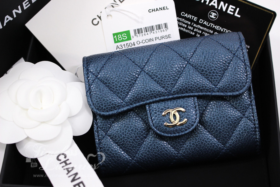 1ee6e71f1903 CHANEL 18S Pearly Blue Caviar Card Holder w Back Pocket #25xxxxxx *New -  Timeless Luxuries