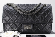 CHANEL Black Aged Calf 2.55 Reissue Flap Bag 225 Ruthenium Hw #23165254