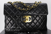 CHANEL Black Lambskin Vintage Jumbo Classic Flap Bag Gold Hw #3552186