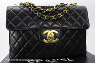 CHANEL Black Lambskin Vintage Jumbo Classic Flap Bag Gold Hw #3771700