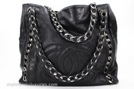 CHANEL Black Glazed Calfskin Modern Chain Tote Ruthenium Hw #10893740