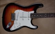 Fender Custom Shop 2013 Strat Custom Deluxe Stratocaster Faded 3 Tone Sunburst NAMM Guitar
