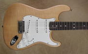 Fender Custom Shop Strat Custom Deluxe Stratocaster Natural Guitar
