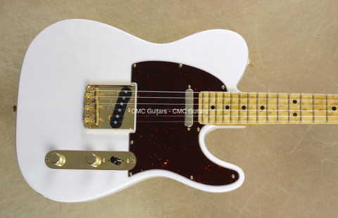 Fender 2016 Limited Edition Select Lite Ash Telecaster Guitar