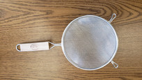 "TableCraft™ 6"" Sifter/Strainer w/ Wooden Handle"