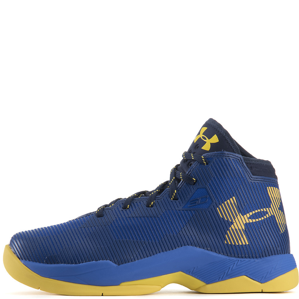 new style 53494 53869 Boy's Under Armour Curry 2.5 Basketball Shoes (3.5Y-7Y ...