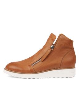 OHMY Sneakers in Dark Tan Leather