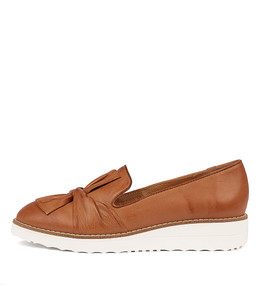 OCLEM Flatforms in Dark Tan Leather