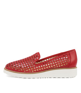 OSTA Flatforms in Red Leather