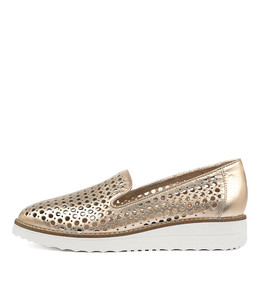 OSTA Flatforms in Rose Gold Leather