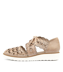 OZZIE Flatforms in Nude Leather
