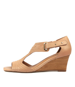 UNDINE Wedge Sandals in Cafe Leather
