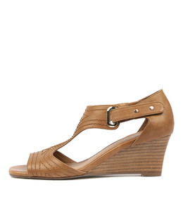 UNDINE Wedge Sandals in Tan Leather