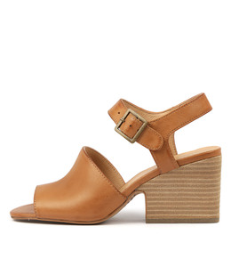 BRIANE Heeled Sandals in Dark Tan Leather
