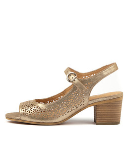 BAYLORS Heeled Sandals in Old Gold Leather