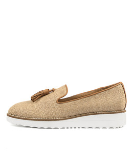 OLAMAS Flatforms in Coffee Raffia