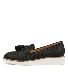 OLAMAS Flatforms in Black Raffia