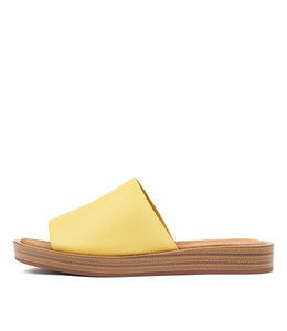 FARON Sandals in Yellow Leather