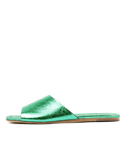 LEONCE Sandals in Emerald Metallic Crumble Leather