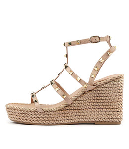 ANNORA Platform Wedge Sandals in Cafe Leather
