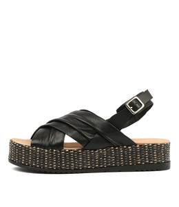 ALAYAH Flatform Sandals in Black Leather