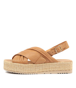 ALAYAH Flatform Sandals in Tan Leather