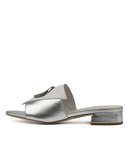 DAISIE Sandals in White/ Silver Leather