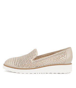 ORVEL Flatforms in Nude Leather