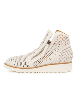 ONBEN Boots in White Leather