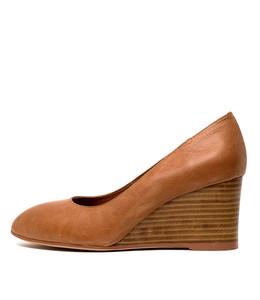 MELVINA Wedge Heels in Tan Leather