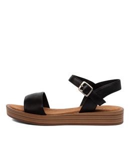 FEISTY Sandals in Black Leather