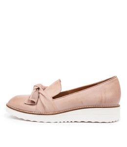OVER Flatforms in Rose Leather