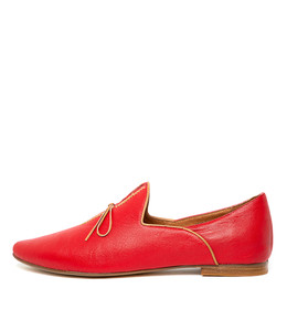 SOMMER Flats in Red/ Tan Leather