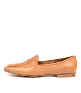 MITCHEL Flats in Tan Leather