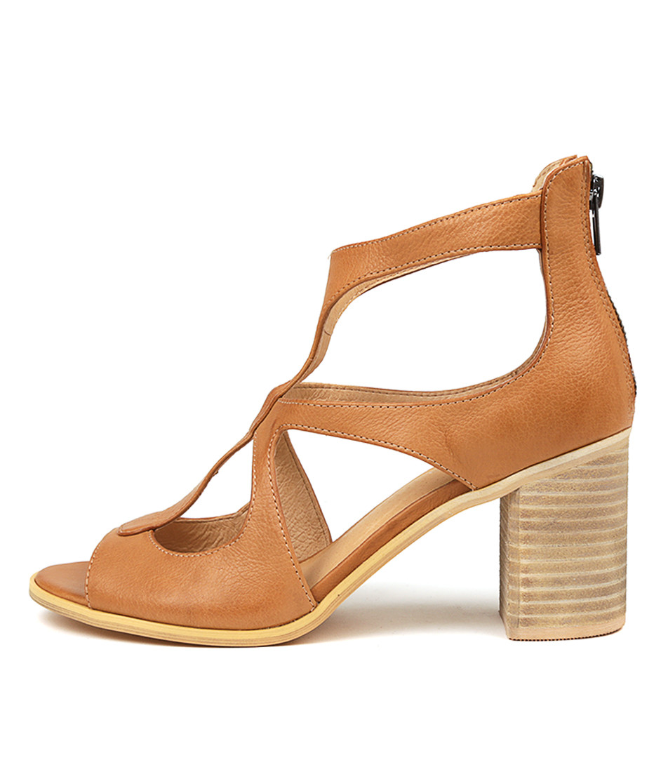 WINFOLM Heeled Sandals in Dark Tan Leather Top End Shoes