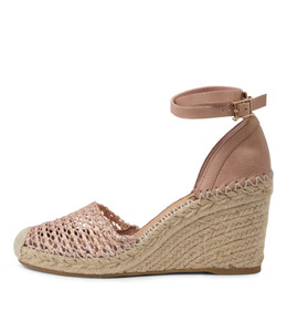 MINORITY Espadrille Wedges in Cafe Leather