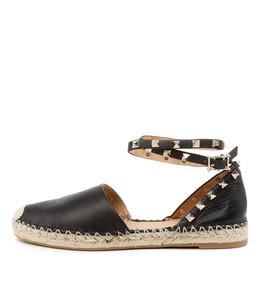 TORI Flats in Black Leather