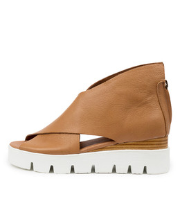 ROLANDY Flatforms in Dark Tan Leather