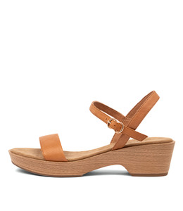 RICKI Sandals in Dark Tan Leather