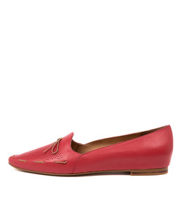 SONGA Flats in Red Leather
