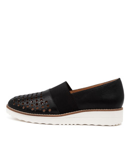 ONTO Flatforms in Black Leather