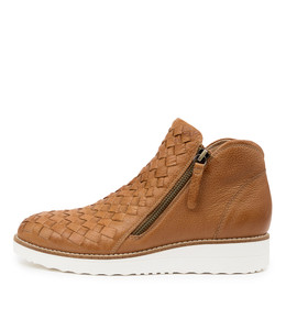 ONTOP Ankle Boots in Dark Tan Leather