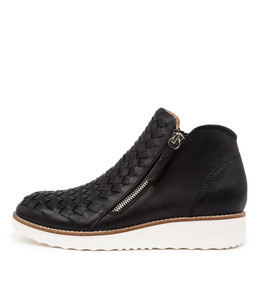 ONTOP Ankle Boots in Black Leather