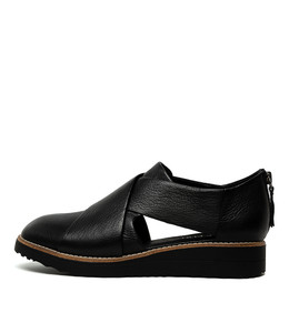 OTHO Flatforms in Black Leather