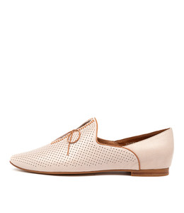 SAGONA Flats in Nougat Leather