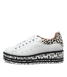SHER Sneakers in White/ Black Leather