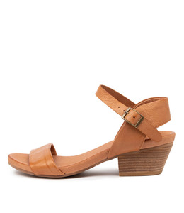 CONTROL Heeled Sandals in Dark Tan Leather